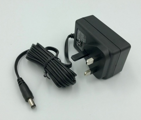 12 Volt 2.5amp DC power supply