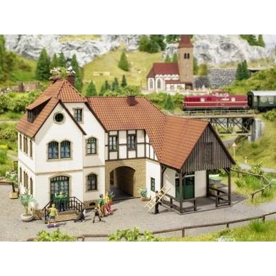 Noch 66703 Holiday Farm ''Linder'' house lasercut kit