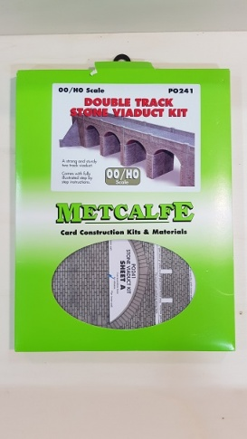 Metcalfe PO241 Double Track Stone Viaduct Kit.