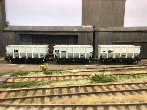 BR 24.5T HOP24/HUO Coal Hopper - Grey TOPS- Pack F
