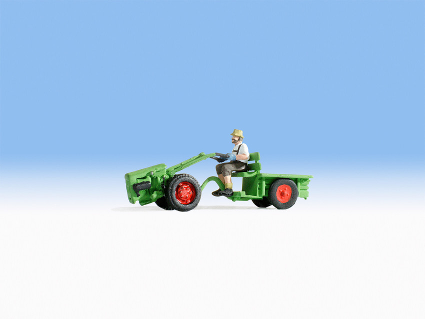 Noch 16750 Single axle tractor With Figure
