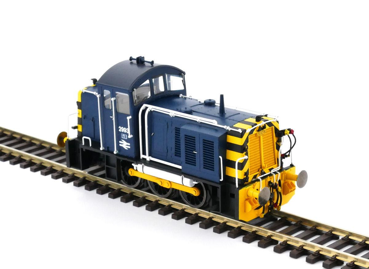 Heljan 2910 - Class 07 - 2993 BR Blue With Wasp Stripes