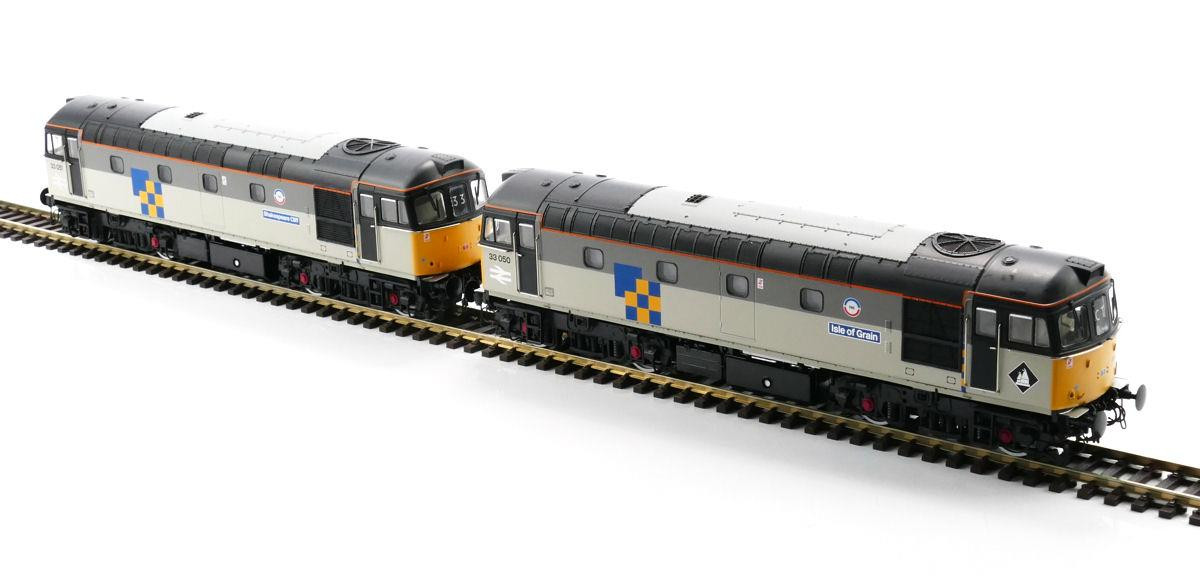 Heljan 3440- Class 33 - Twin Pack - 33050 Isle Of Grain 33051 Shakespeares Cliff - Railfreight Construction