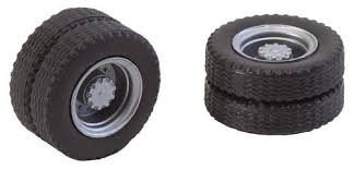 Faller 163104 2 wheels (twin tyres) tyres and rims for electric bus.