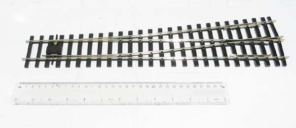 Peco SL-E792BH O Gauge Code 124 Bullhead Medium Radius Left Hand Point