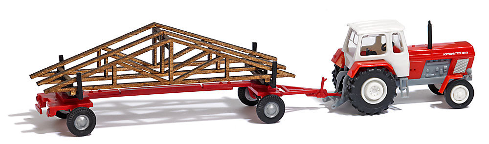 Trailer with roof trusses